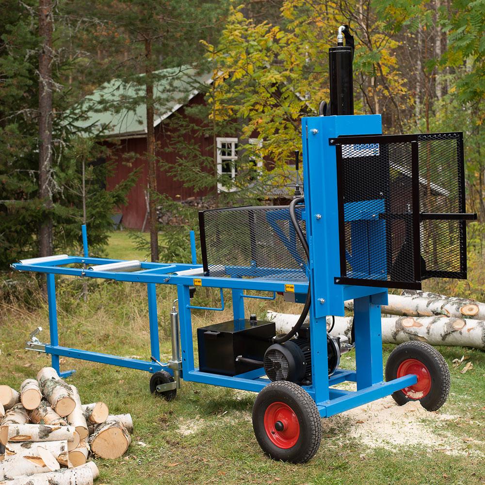 PW vedmaskin klyver björkved utomhus